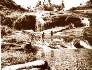 Meus-8.-Cachoeira-M-8a.-300x228 (Copiar)
